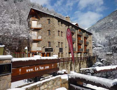 Aparthotel La Neu, Llorts
