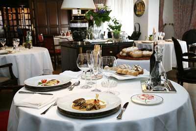 Casa Canut Hotel Restaurante